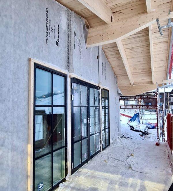 2020-12-08 Fönsterparti på lägenhet högst upp